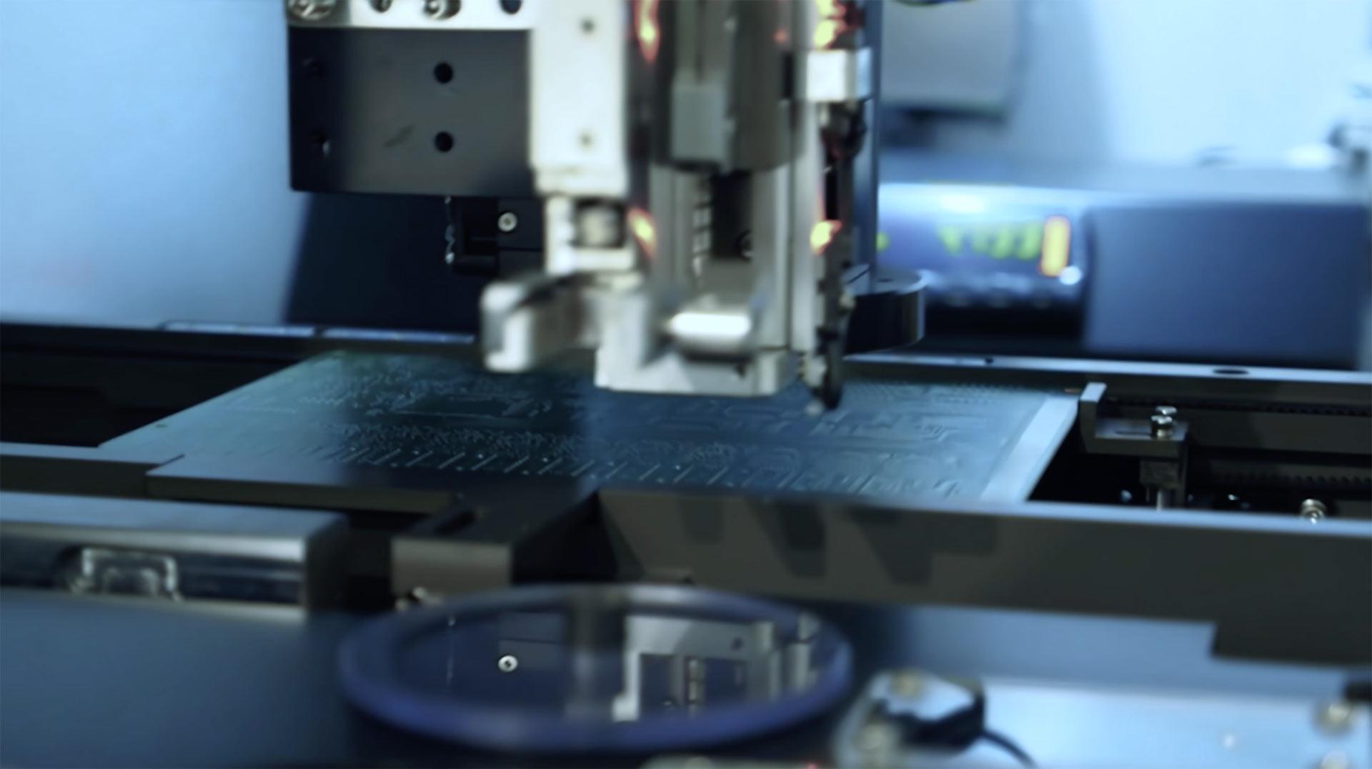 Machine measuring circuit board